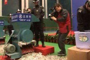 У Китаї знищили понад 5 млн контрафактних книг і компакт-дисків