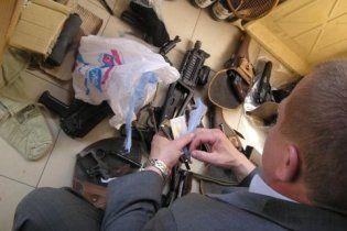 МВС: у затриманих тризубівців вилучено цілий арсенал зброї