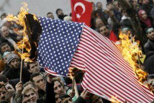 Турки считают США главной угрозой для страны