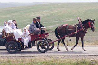 Кадиров заборонив чеченцям одружуватися з кохання
