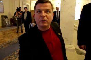 Регионал признал, что погорячился, вырывая камеру у журналиста