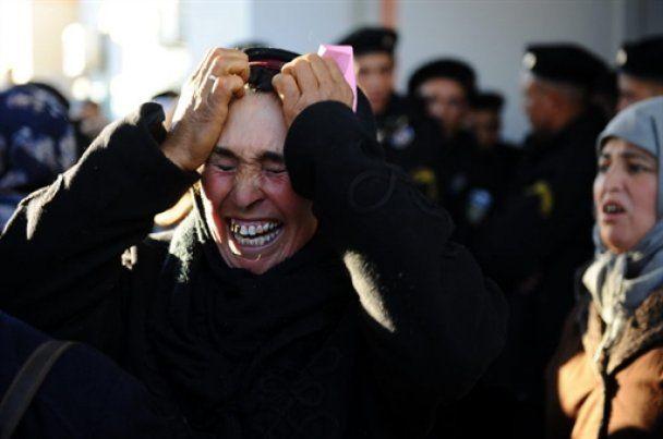 Тунисские полицейские присоединились к демонстрантам