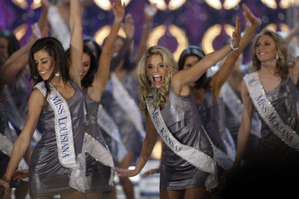 """Дівчина з Небраски стала наймолодшою """"Міс Америка"""" за 89 років"""