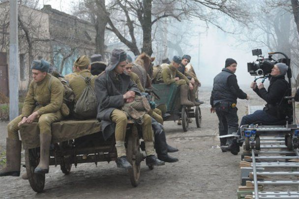 """Телеканал 1+1 продюсує повнометражний фільм """"Дом с башенкой"""""""