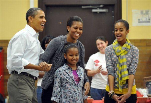Барак Обама нагодував дружину східною кухнею в її день народження