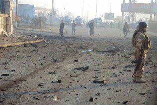 На батьківщині Хусейна смертник здійснив теракт, використавши жилет: десятки жертв