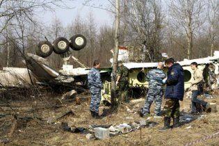 Поляки створять  монумент з  уламків Ту-154, в якому розбився Качинський