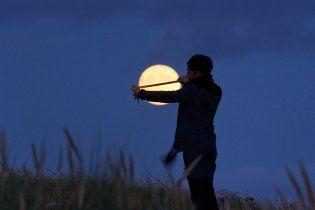 У Казахстані оскаржили право американця на Місяць і Марс