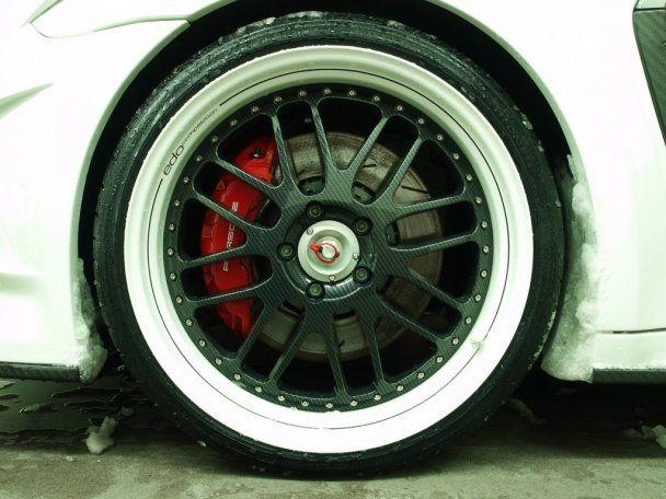 Porsche покажет в Женеве дизельную и гибридную версии Panamera
