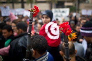 """В Тунисе массово избавляются от числа """"семь"""" - счастливого для экс-президента"""