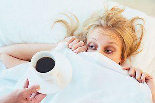 Захміліла жінка переплутала квартиру і залізла у ліжко до чужого чоловіка