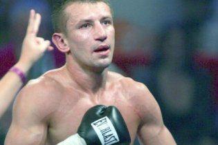 Кличко підписав контракт на бій з Адамеком