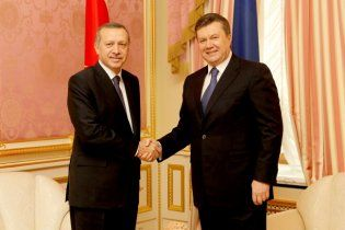 Украина и Турция отменят визовый режим