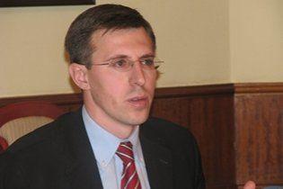 Мэра Кишинева оштрафовали за катание на снегоуборочной машине