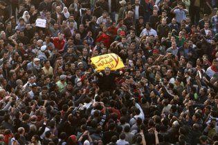 В Египте возобновились беспорядки, избит британский журналист