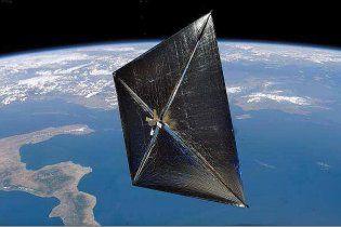 """""""Втрачений"""" наносупутник NASA знайшовся та розкрив сонячне вітрило"""