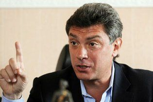 Нємцов: газова труба для України - фалічний символ
