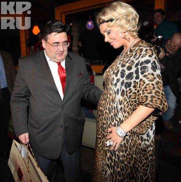 Беременная Маша Малиновская отметила 30-летие