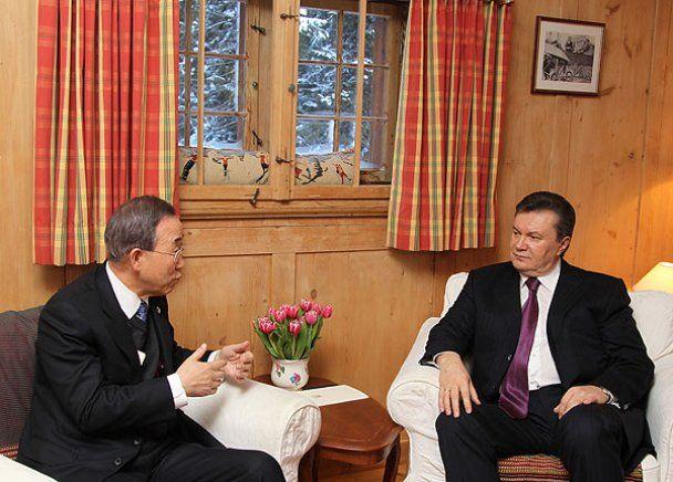 Виктор Янукович в Давосе хвастался и конфузился