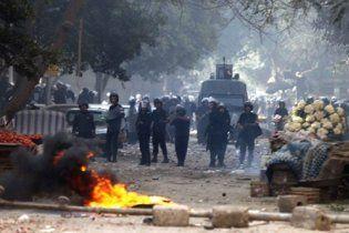 У Каїр введені армійські підрозділи і бронетехніка