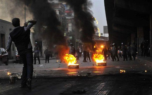 МЗС порадило українцям не їздити до Каїру та не брати участі у протестах