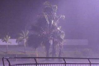 """Австралия испытала новый удар стихии: циклон """"Энтони"""" принес новые наводнения"""