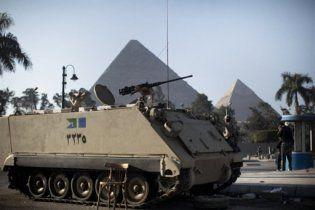 На курортах Египта заканчивается еда и начинаются митинги