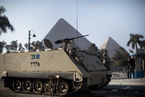 """""""Марш миллионов"""" в Египте: армия пообещала не стрелять в демонстрантов"""