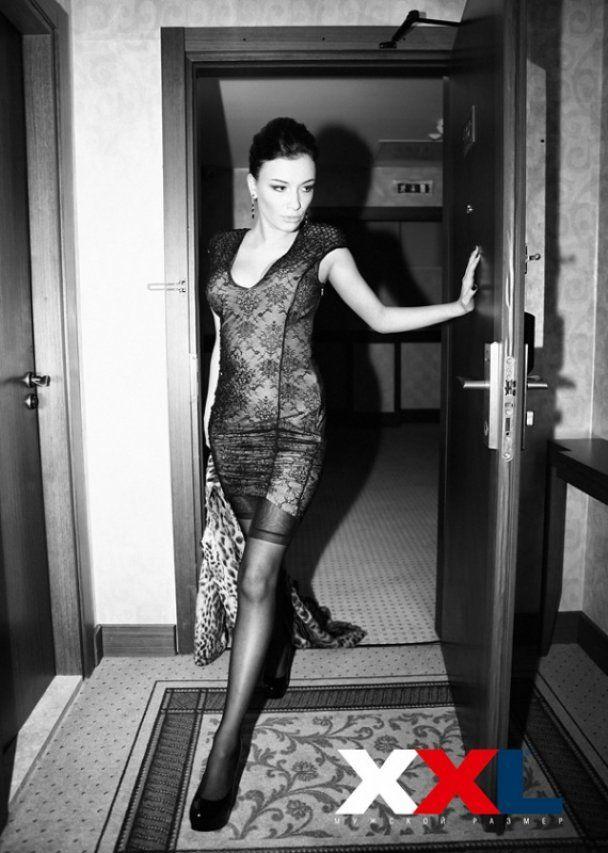 Нареченого Насті Приходько розлютила її еротична фотосесія