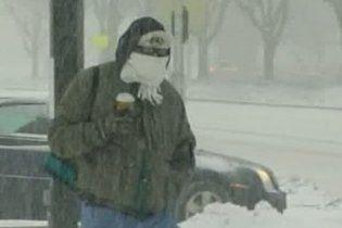 Сніговий шторм скасував тисячі авіарейсів у США