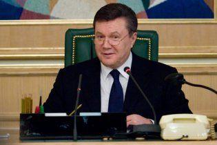Янукович вошел в тройку самых популярных мужчин в российских СМИ
