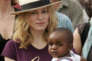 Мадонна может лишиться дочери