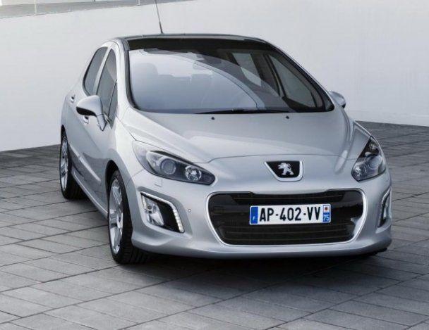 """Peugeot розсекретила нове """"обличчя"""" 308-ї моделі"""