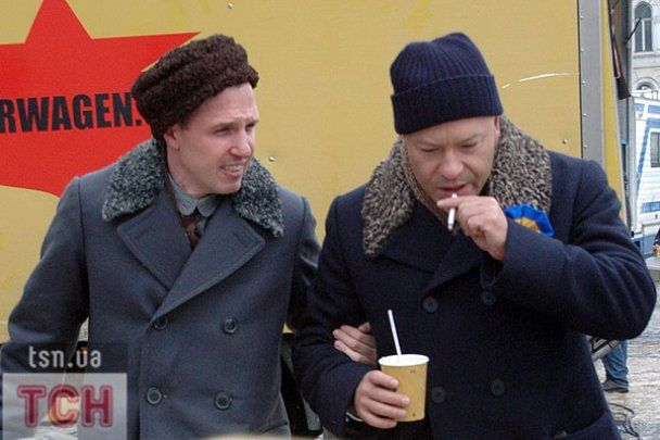 На Софійську площу в Києві вивели білогвардійців