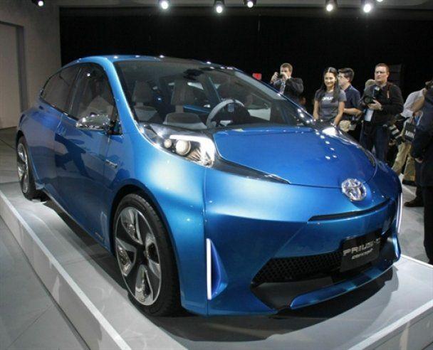 """Украинцы выбрали """"лучший автомобиль года-2011"""""""
