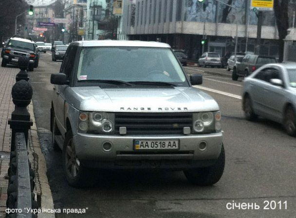 Сын Януковича ездит на Range Rover Ющенко