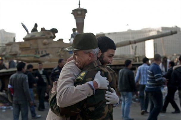 Армия Египта взялась за свержение палаточного городка в центре Каира