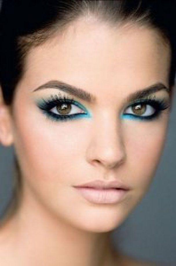 Яркий макияж для праздника влюбленных