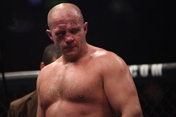 Лучший боец мира впервые в карьере проиграл нокаутом (видео)