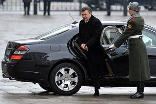 Янукович инициировал немедленную отмену техосмотра автомобилей