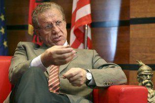 Президент Косово не стал спорить с Конституционным судом и ушел в отставку
