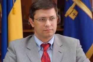 Киевского чиновника облили кислотой из-за любовницы
