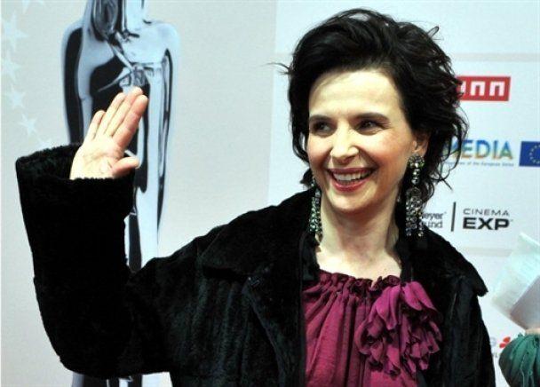 Жульет Бинош сыграет с Робом Паттинсоном