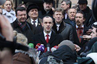 БЮТ: Міліція влаштувала блокаду квартири помічниці нардепа