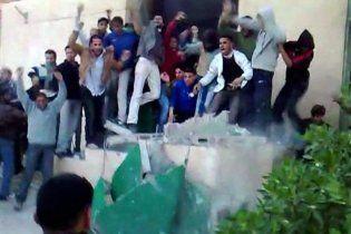 Ливийская оппозиция завладела одним из крупнейших городов страны