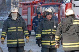 У Сумах вибух газу повністю знищив квартиру в п'ятиповерхівці