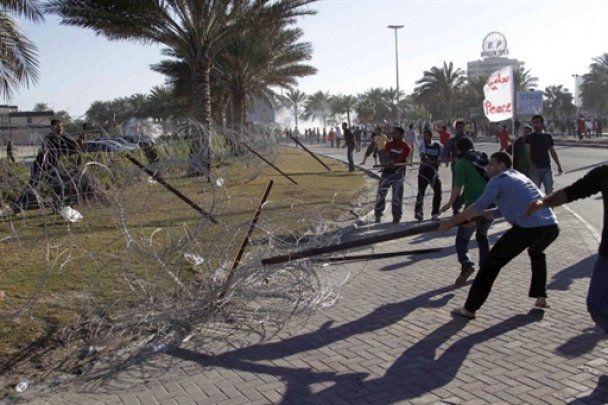 Межарабский геноцид в Бахрейне: демонстрантов беспощадно расстреливают