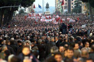 В Албанії демонстранти вимагають відставки уряду