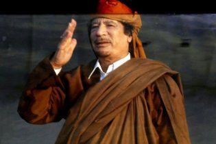 Син Каддафі спростував інформацію про втечу батька