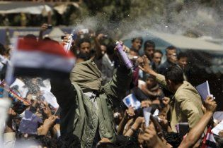 В Йемене в беспорядках погибли более 30 человек